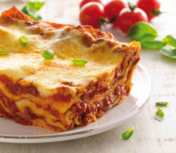 Classic beef lasagne recipe by Perfect Italiano