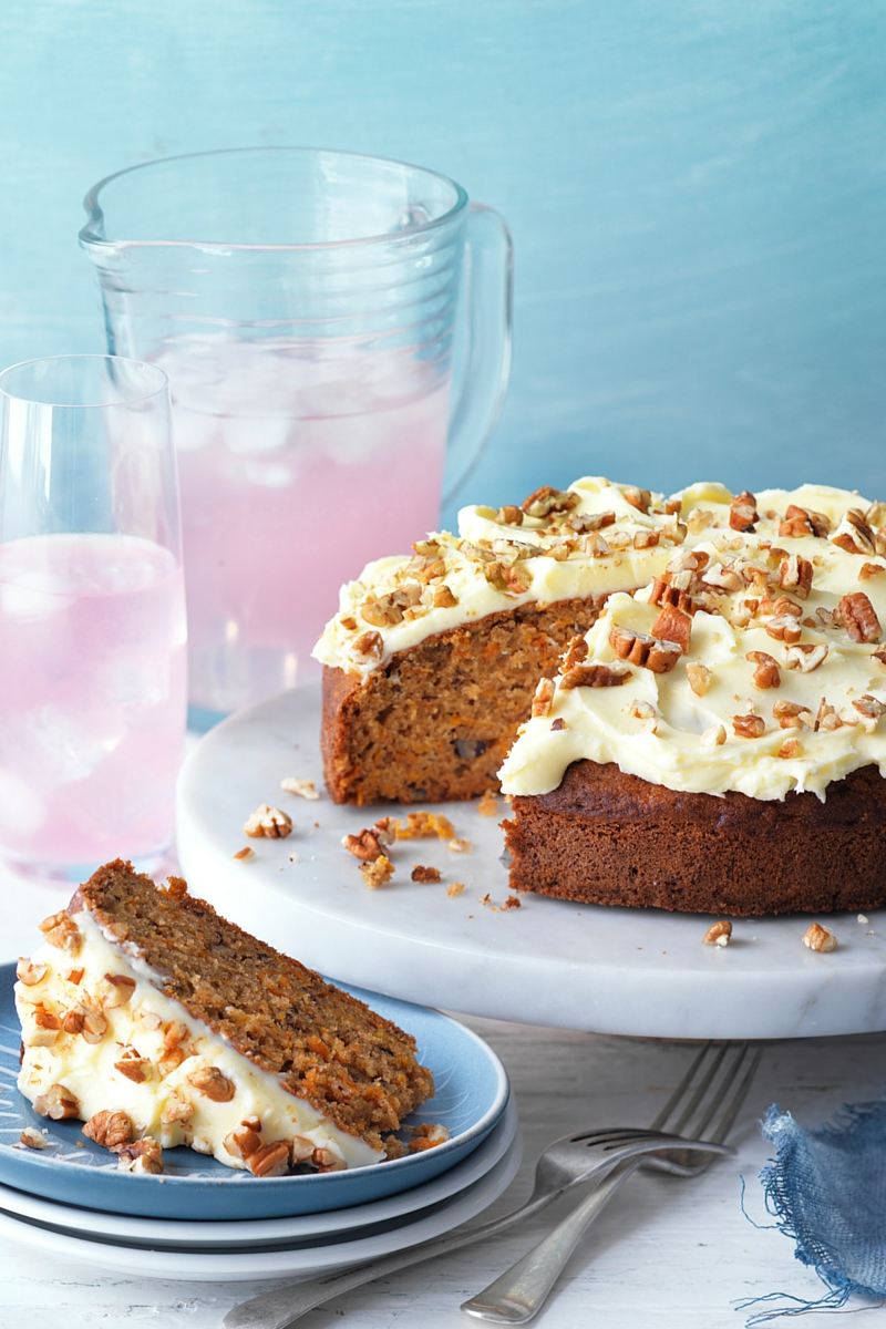 Carrot and Pecan Cake with Cream Cheese Frosting – Schweppes
