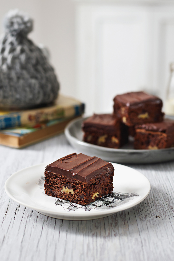 Perfect gluten free chocolate brownie recipe with walnuts and milk chocolate icing. A delectable weekend treat