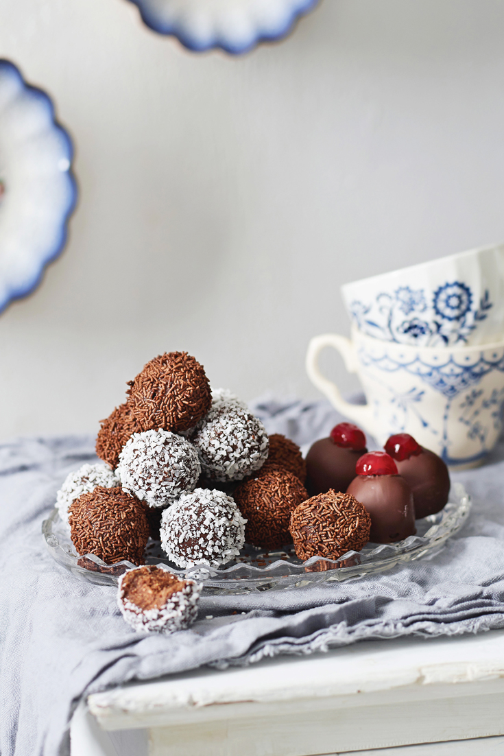 Get inspired with Traditional Christmas desserts like these rum balls