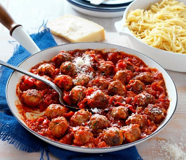 Ardmona meatballs in tomato sauce