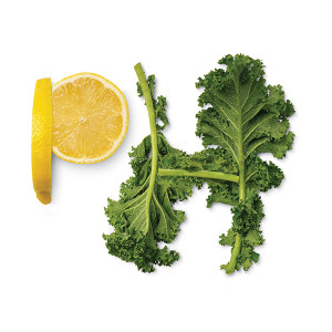 Adding alkaline rich foods to your green smoothie helps to up the nutritional profile