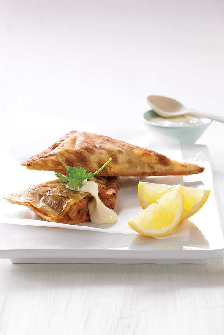 Create this delicious butter chicken jaffle with the Breville Jaffle Maker