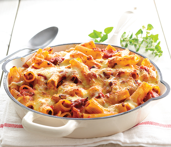 Make bolognese with a twist in the great pasta bake recipe