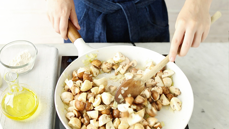 Create this best ever mushroom sauce and see 10 ways to use it in winter cooking