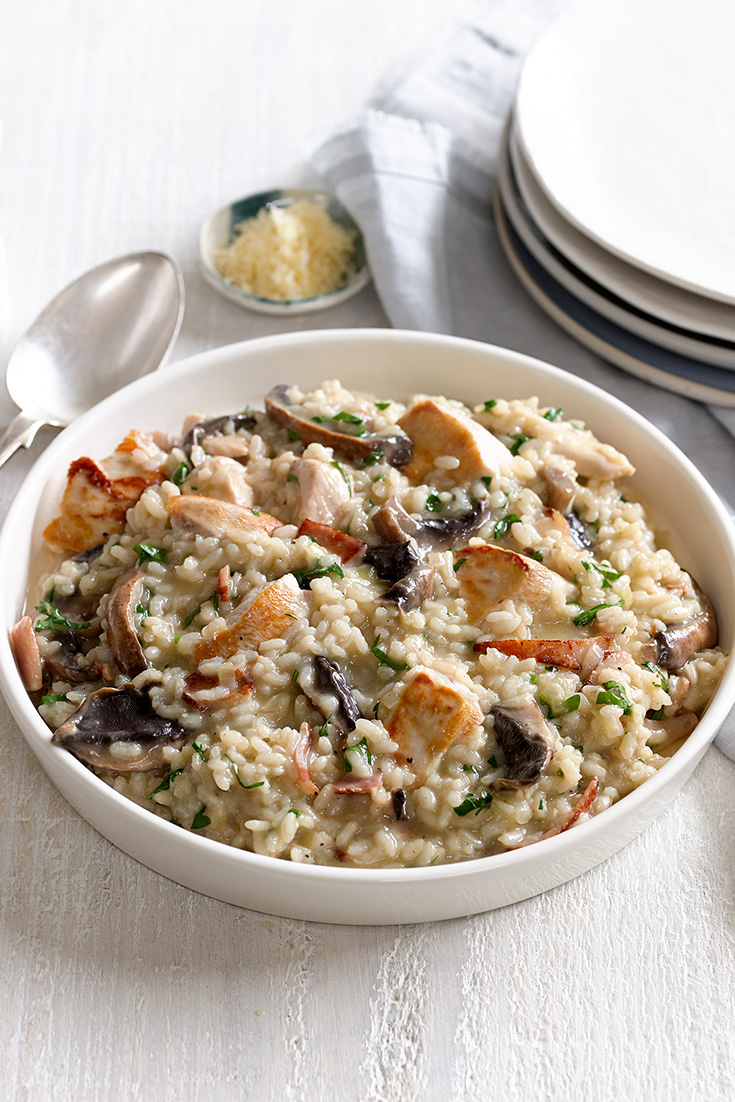 Cooking risotto is easy with this delicious recipe for chicken and mushroom risotto