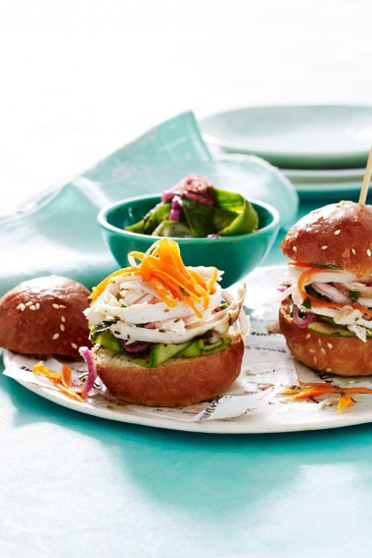 Delicious chicken sliders. The perfect entertaining recipe
