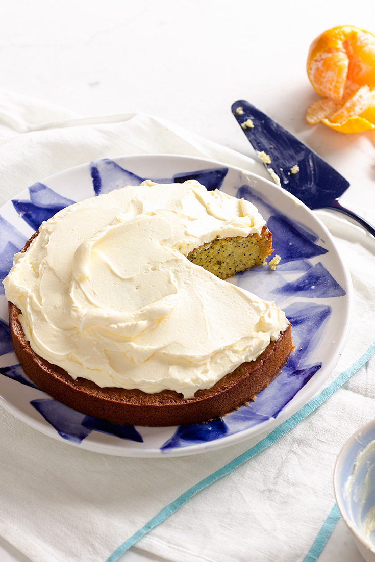 Get cooking with oranges using this orange & poppyseed cake recipe