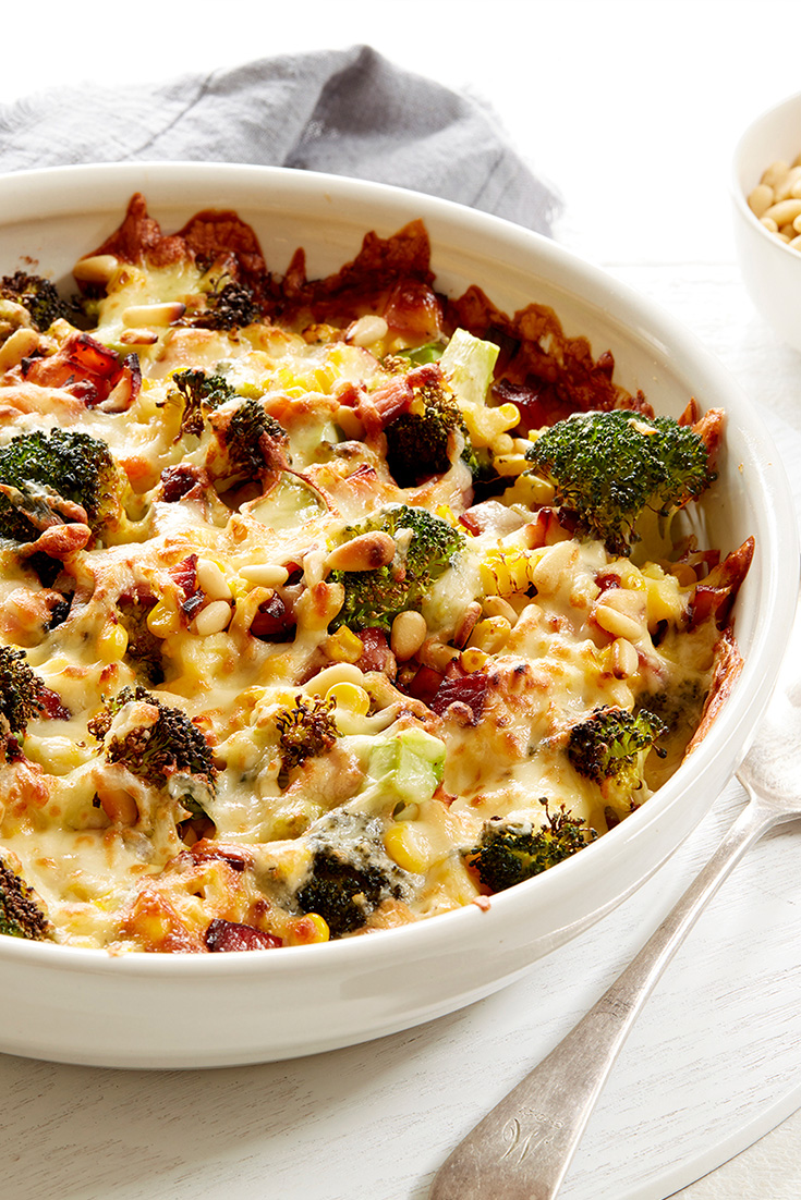 This cheesy broccoli and corn pasta bake is one of the ultimate cheesy weeknight recipes in the collection