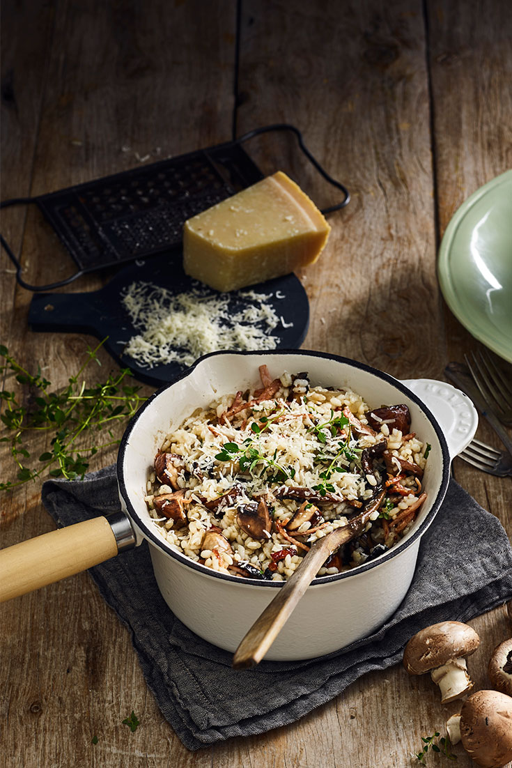 Comfort food at it's best, try this mushroom risotto recipe with crispy bacon, for dinner
