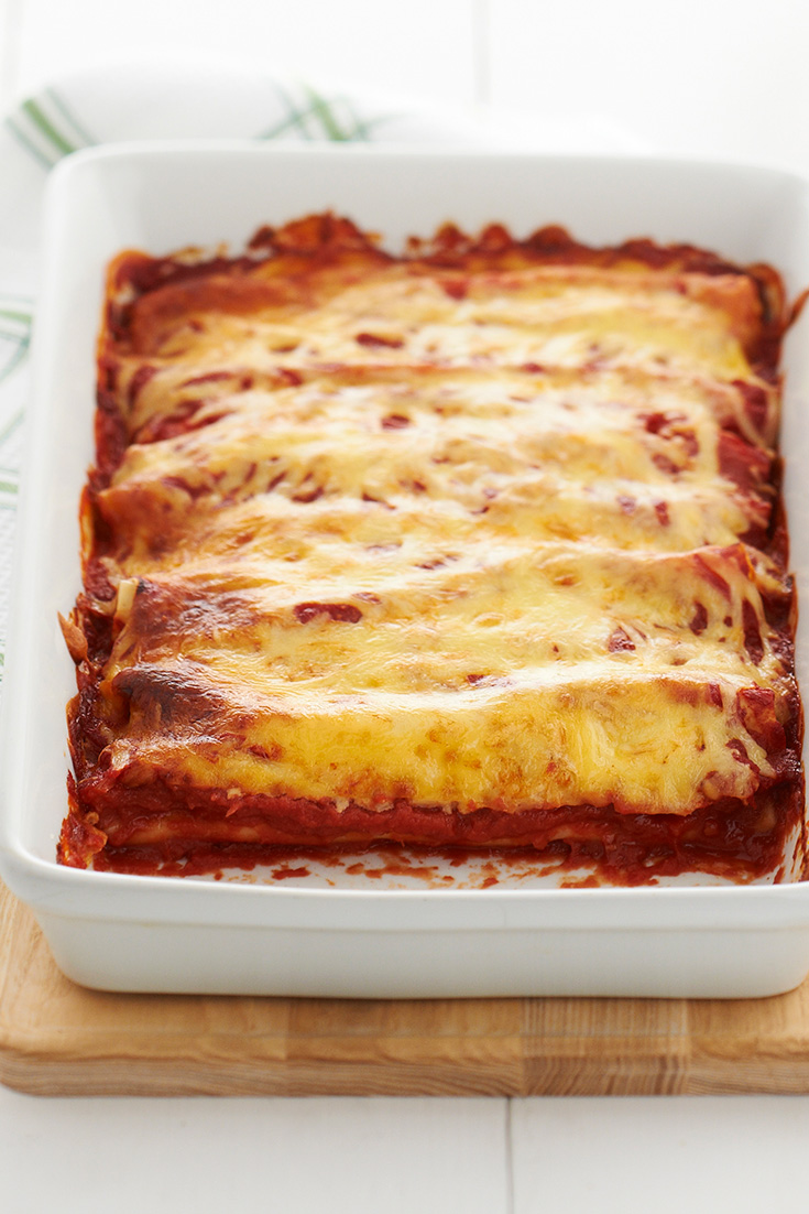This pumpkin and ricotta cannelloni recipe is super easy and delicious weeknight dinner idea