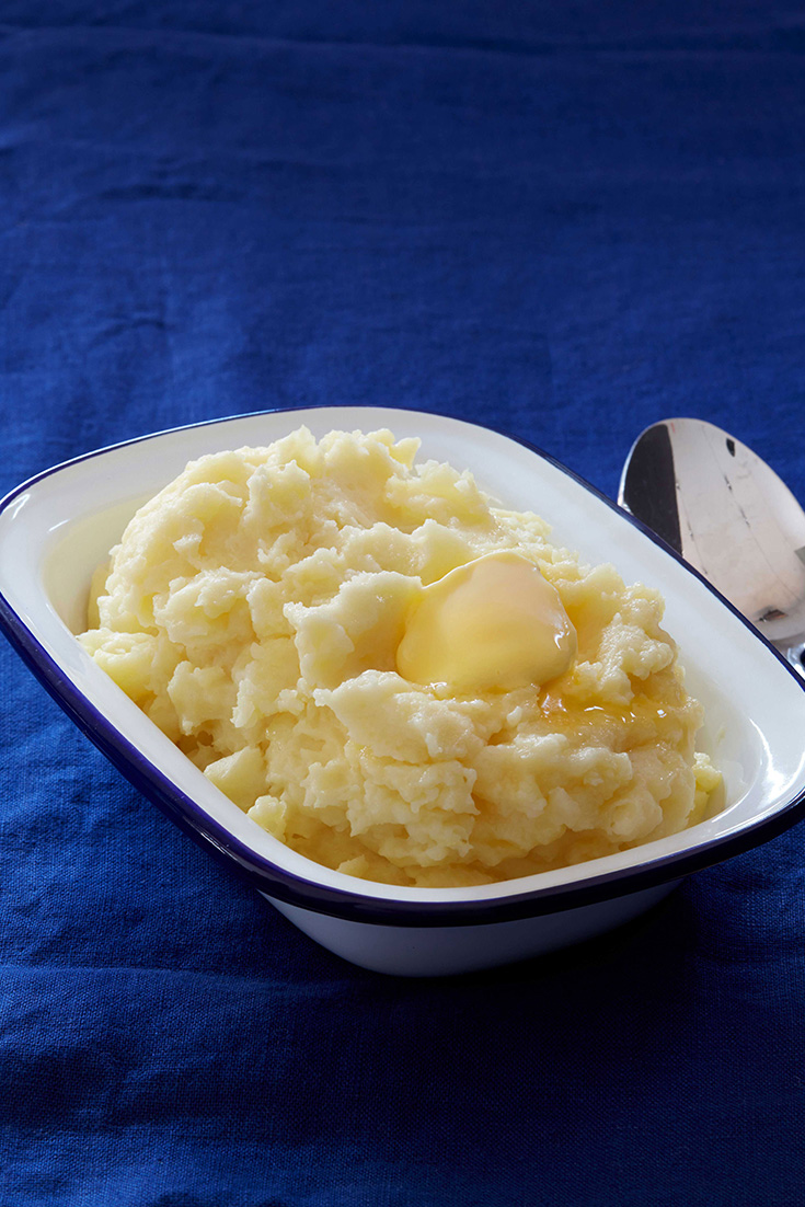 This delicious, buttery classic mashed potato recipe is the ultimate side dish. Plus they are so many ways with mashed potato that can stem from this recipe.