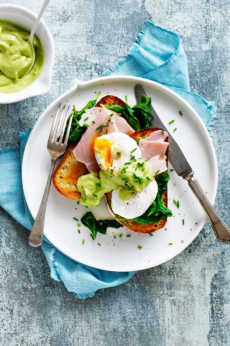 This easy avocado hollandaise with eggs, ham and spinach recipe is a delicious and good looking winter breakfast.