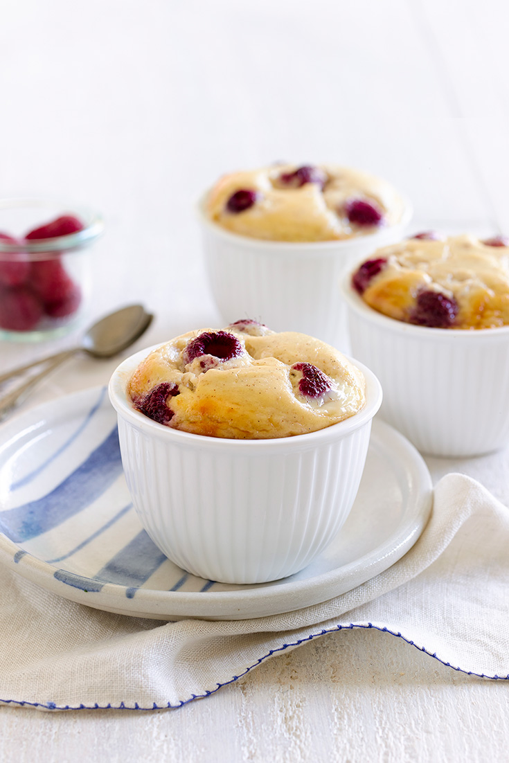 These scrumptious baked ricotta and raspberry pudding are the perfect dish for one-bowl baking.