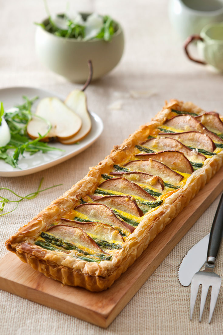 This super easy pear and asparagus tart recipe is a delicious way to enjoy pears in a savoury dish.