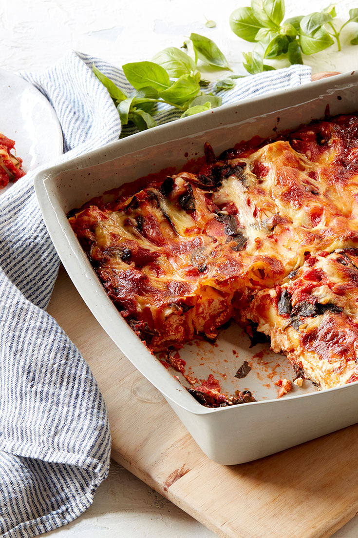 This scrumptious ricotta, lemon and mozzarella cannelloni bake is the perfect family dinner idea for busy weeknights.