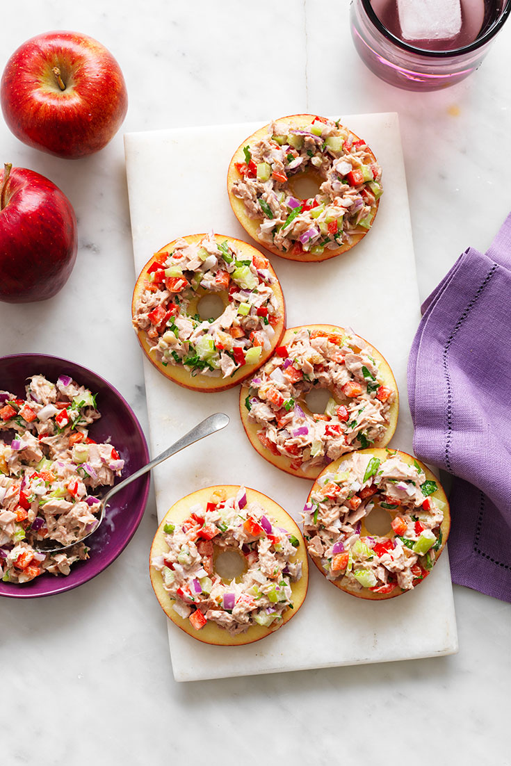 This easy tuna apple bites recipe can be made with just one can of tuna and makes for and easy lunch.