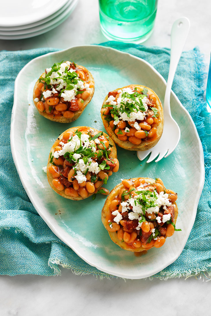 This easy baked bean potato boats recipe is a perfect simple but delicious dinner idea or lunch that the whole family will love.
