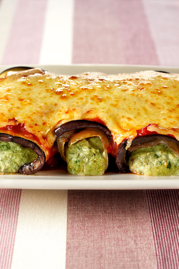 This super stunning eggplant cannelloni is clever dinner idea without the pasta.