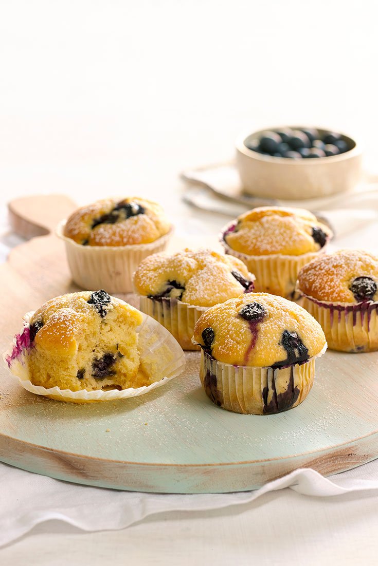 These delicious mini baked lemon and blueberry ricotta cakes are simple way to bake with fruit.