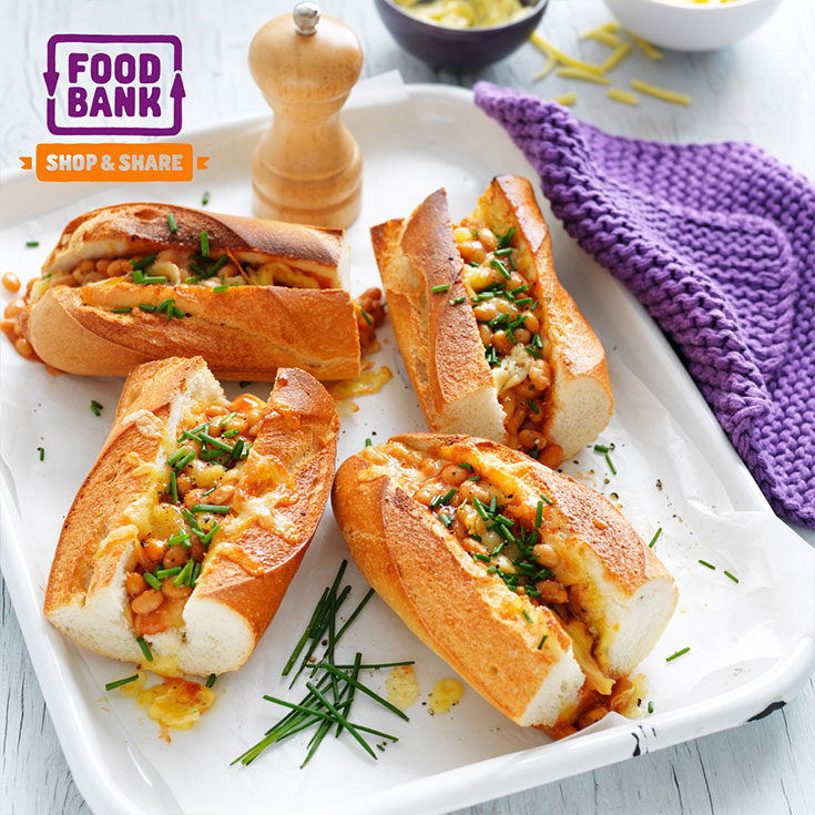 These easy Italian cheesy baked bean baguettes are the perfect figure food idea for casual entertaining.