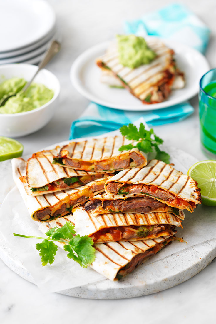 This delicious beef steak quesadillas recipe is super easy and makes for a yummy family dinner idea.
