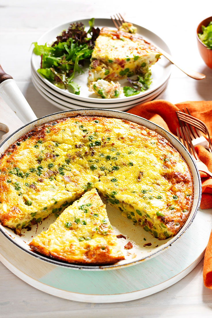 This delicious pea, leek and bacon frittata is a fantastic quick dinner idea which ensures your eating more greens.