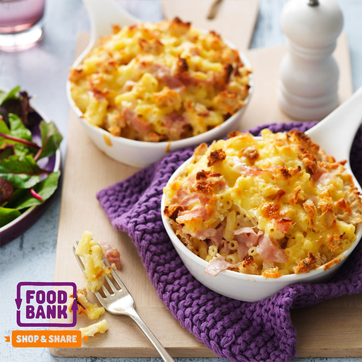 This easy and delicious ham Mac and cheese pot pies recipe is easy and quick and great for a family dinner idea.