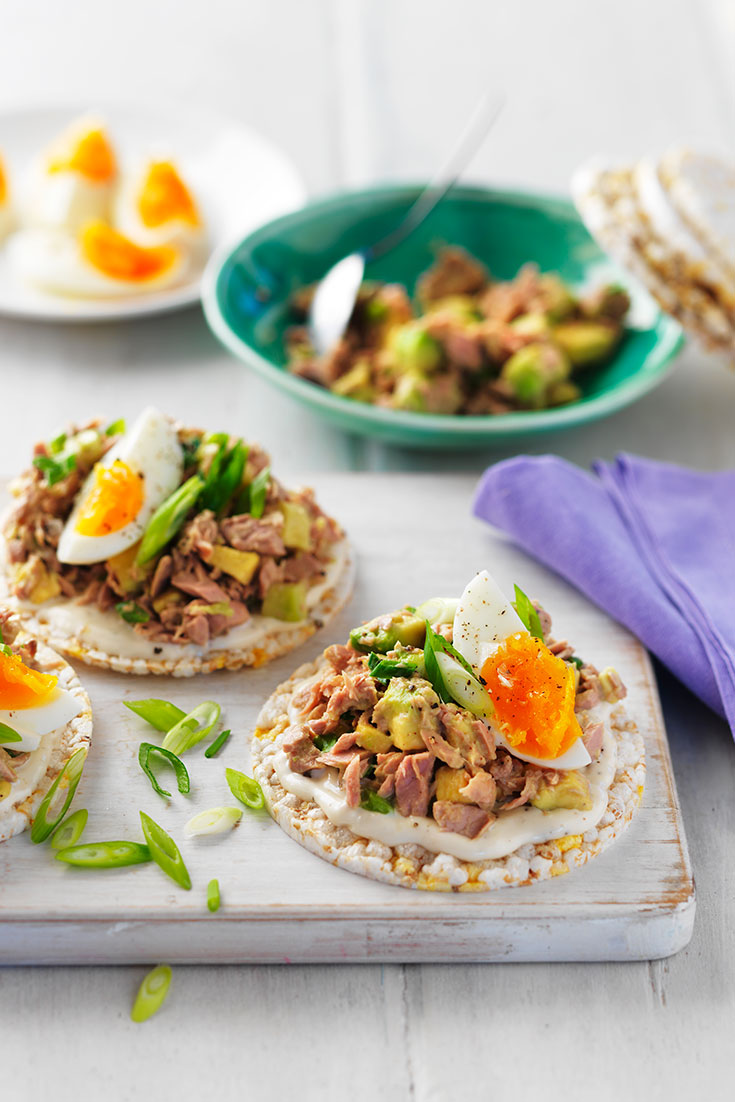 This easy tuna, avocado and egg salad is a delicious work lunch idea using only one can of tuna.