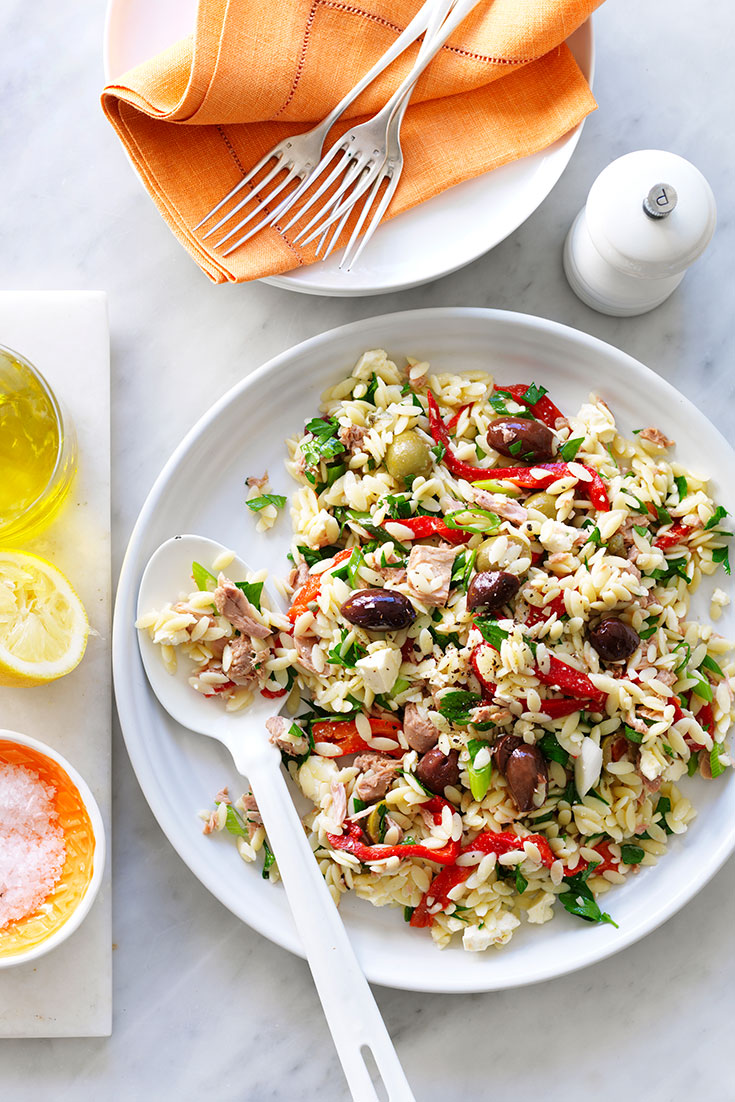 This mediterranean tuna and risoni salad recipe is a easy rice recipe perfect for easing eating.