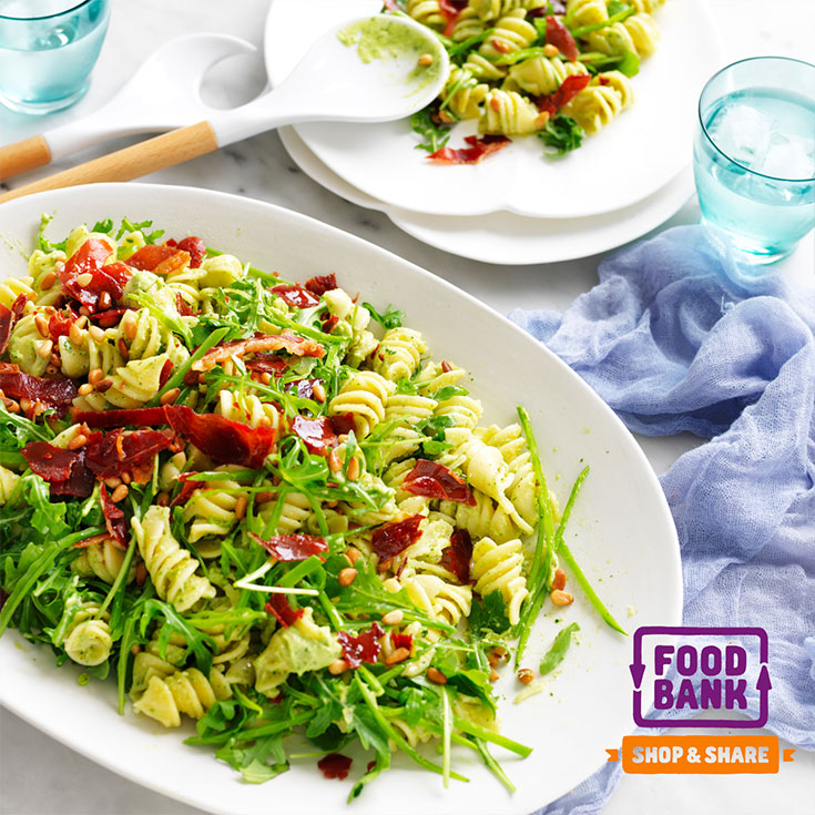 This delicious creamy avocado pasta salad recipe is the perfect dish for entertaining and feeding more than four people.