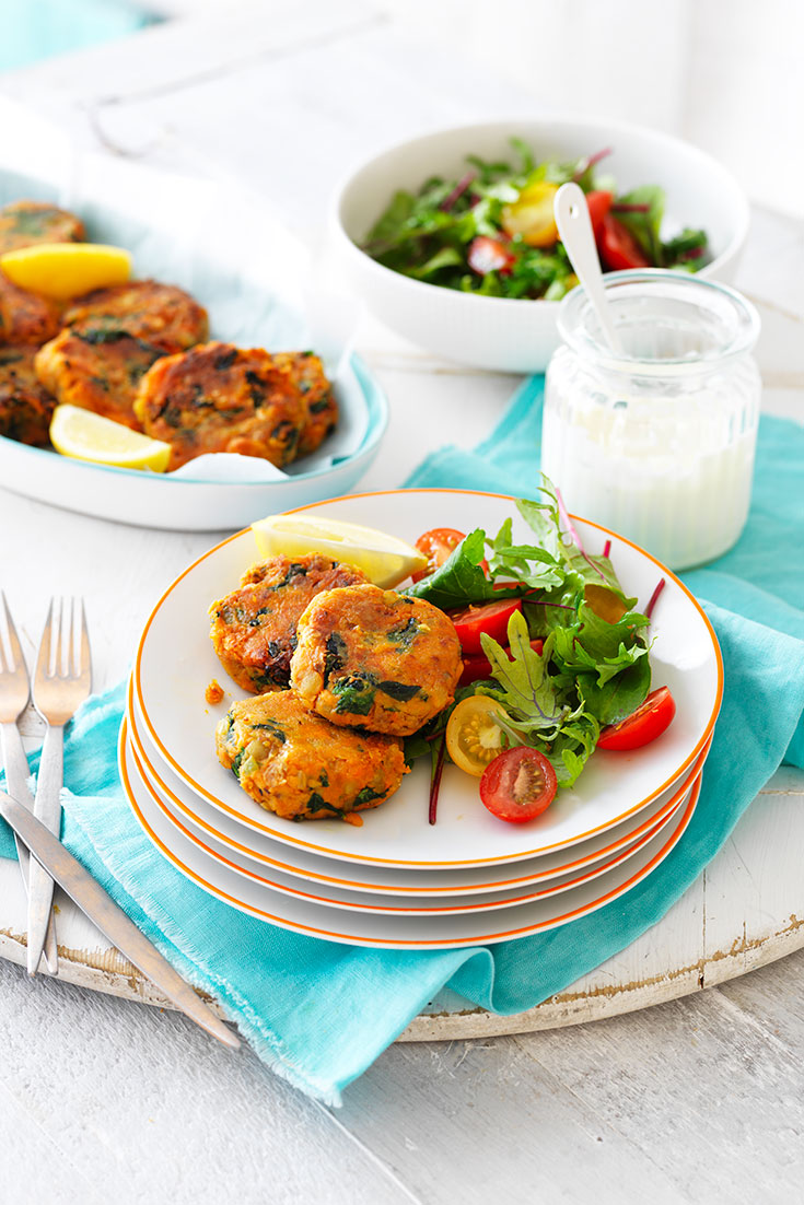 This easy sweet potato and lentil patties recipes is the ultimate al-desko lunch. Serve with a delicious side salad and your good to go.