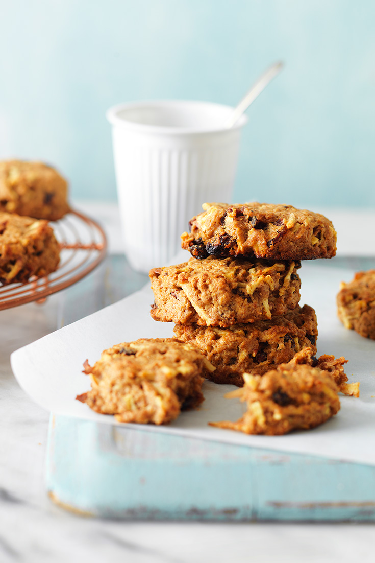 These delicious weet-bic breakfast cookies are the ultimate make-ahead breakfast idea. Perfect for those busy weekday mornings.