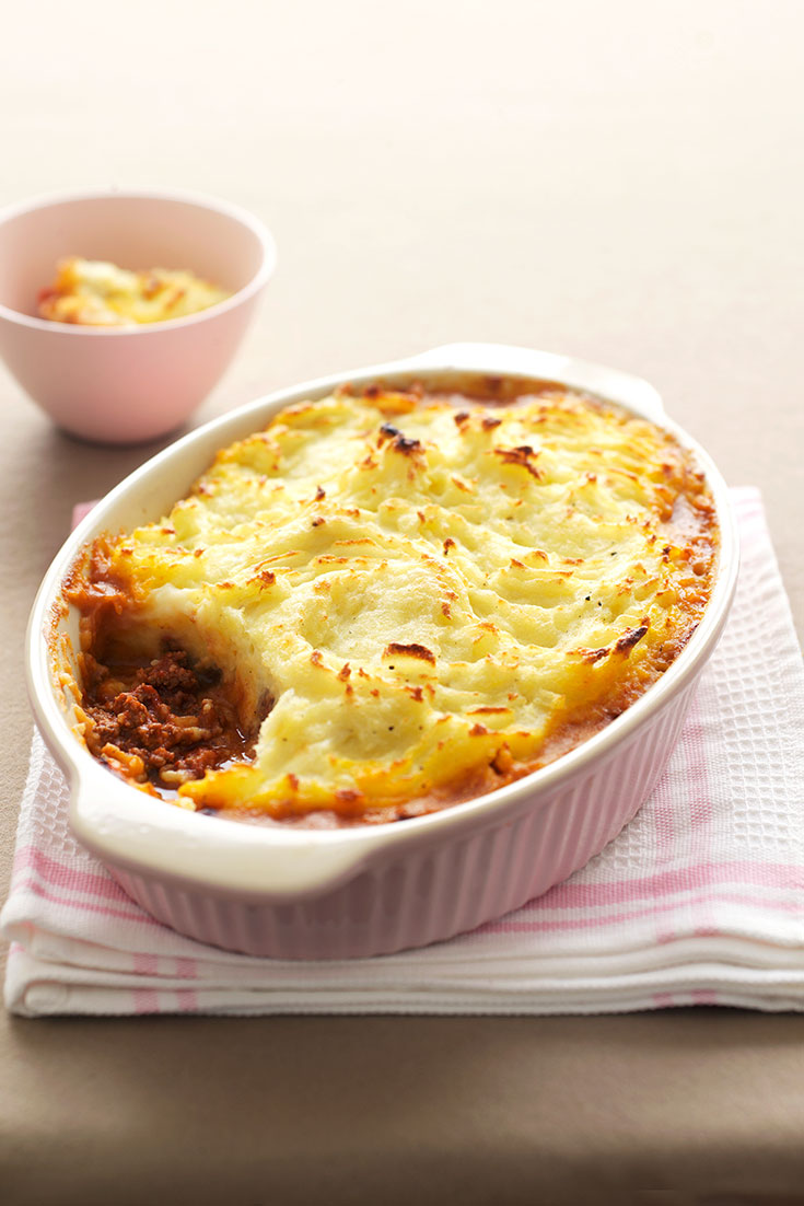 This easy cottage pie recipe is the perfect dish to serve to the family or a large group of guests.