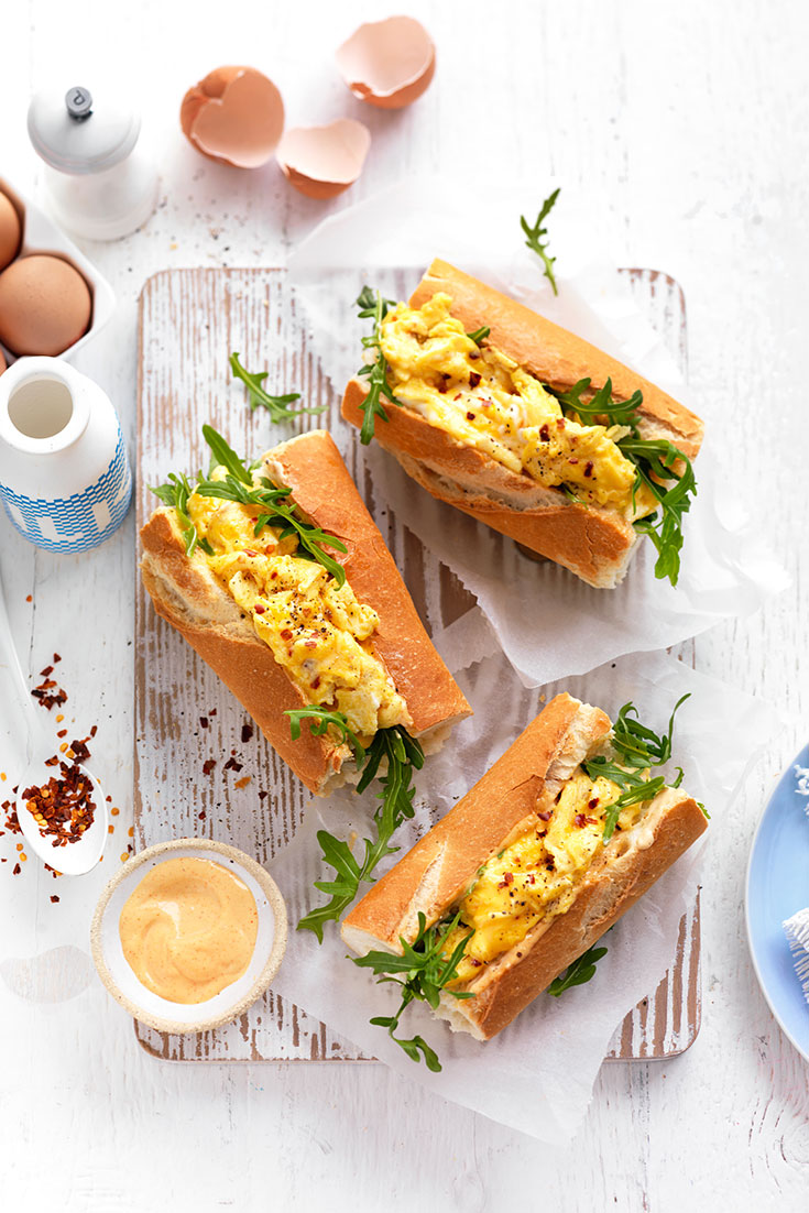 This spicy scrambled egg breakfast roll is a great on-the-go brekky idea.