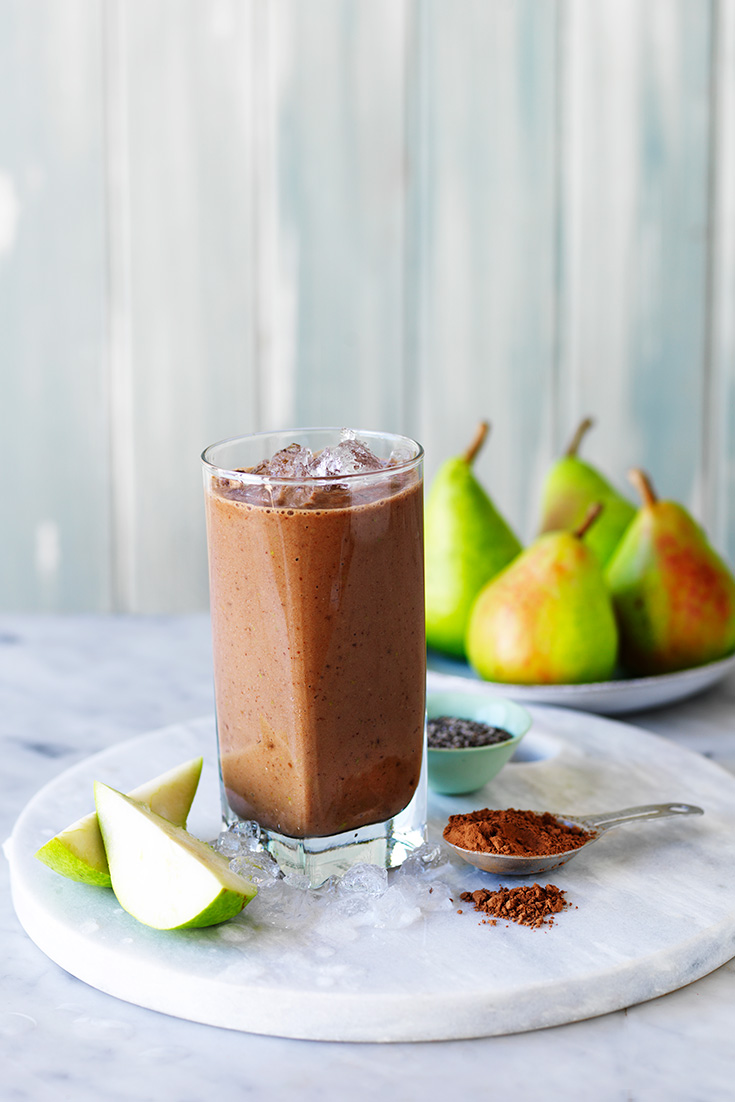 This easy choc pear smoothie recipe is the perfect on-the-go breakfast idea for sweet lovers.