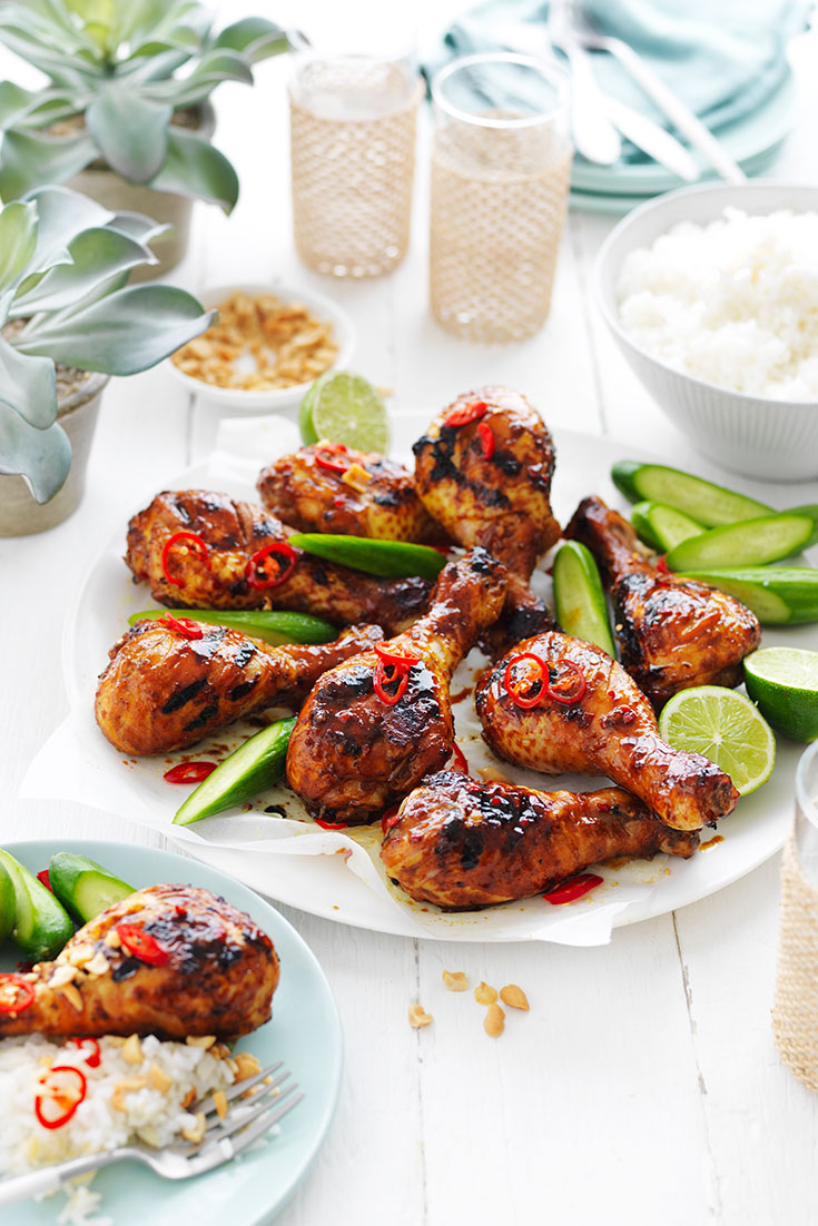 This delicious Indonesian chicken drumstick recipe is an easy dinner idea when dining outdoors.