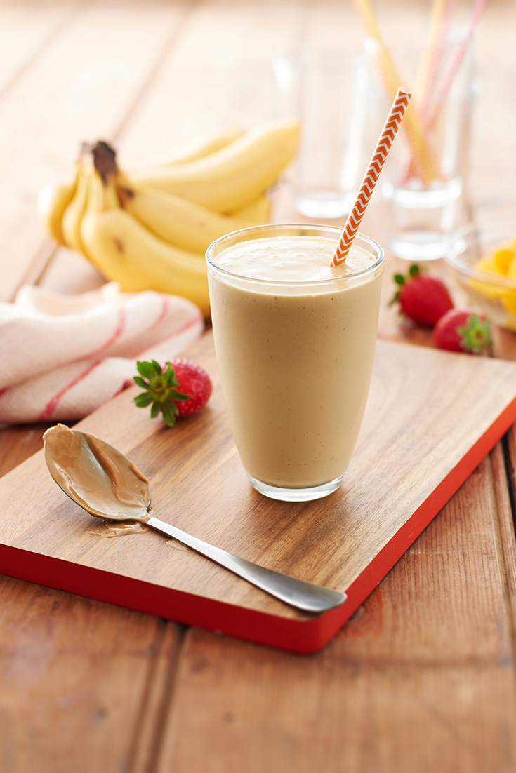 This easy peanut butter breakfast smoothie is a fulfilling breakfast idea.