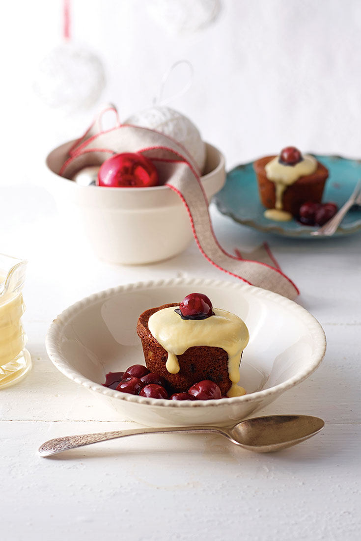 This gluten free mini fruitcakes recipe is quick and easy and the perfect Christmas Day dessert.