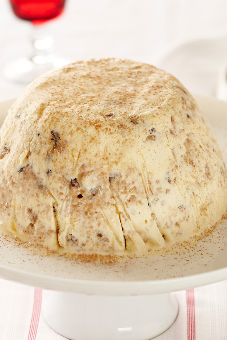 This delicious Christmas cake ice cream is perfect to use up leftover Christmas pudding.