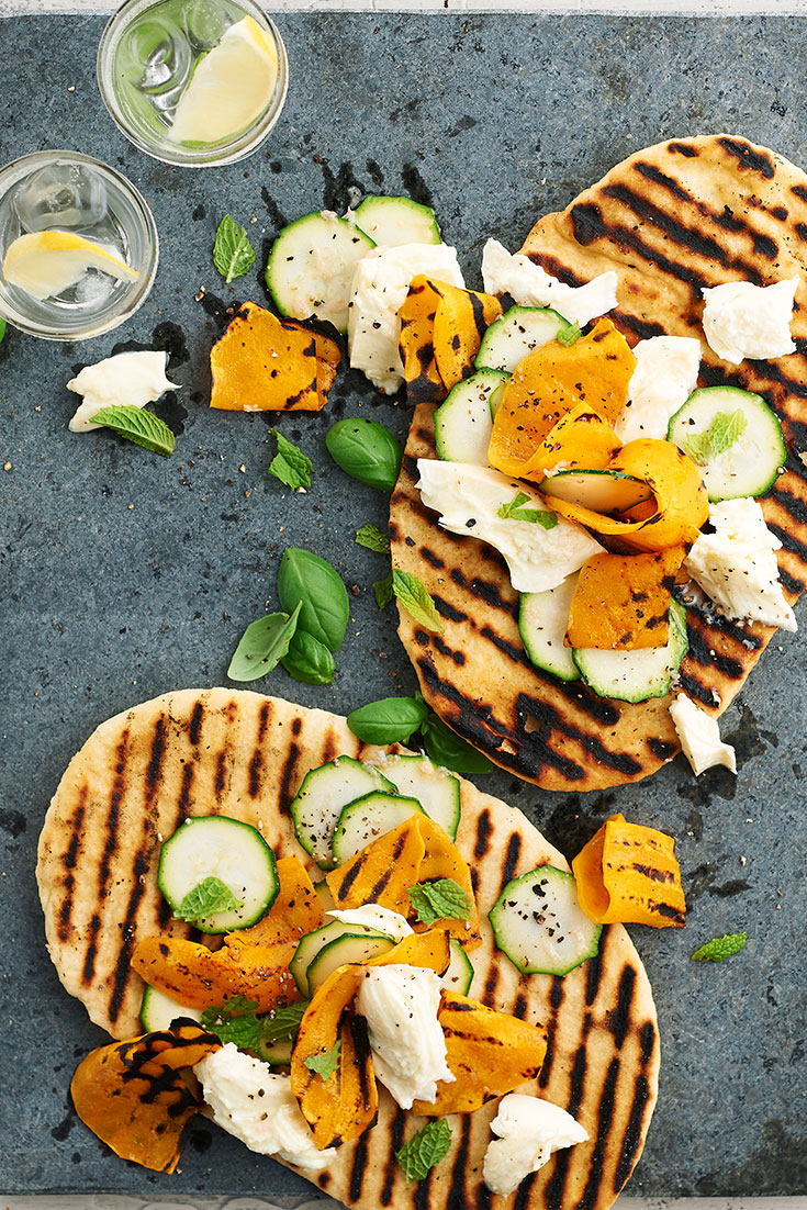 This delicious barbecue yoghurt flatbreads recipe is a great dinner idea for the hot weather.