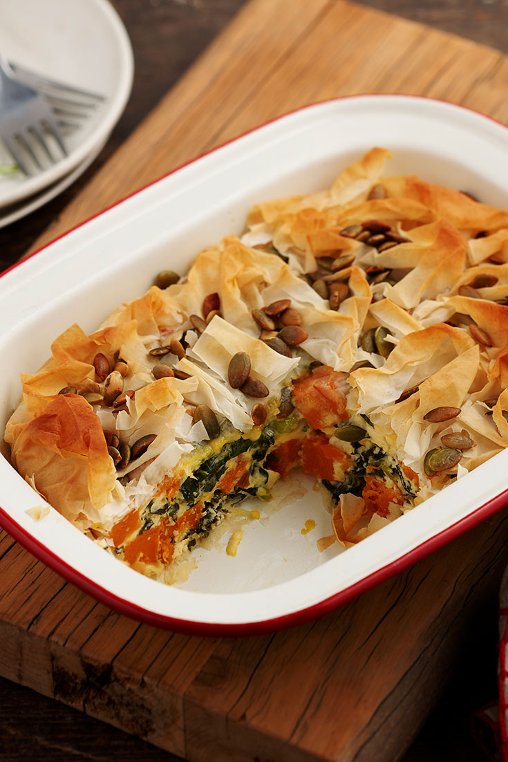 This easy kale, feta and pumpkin pie recipe is a great dish to make-ahead for meal prep.