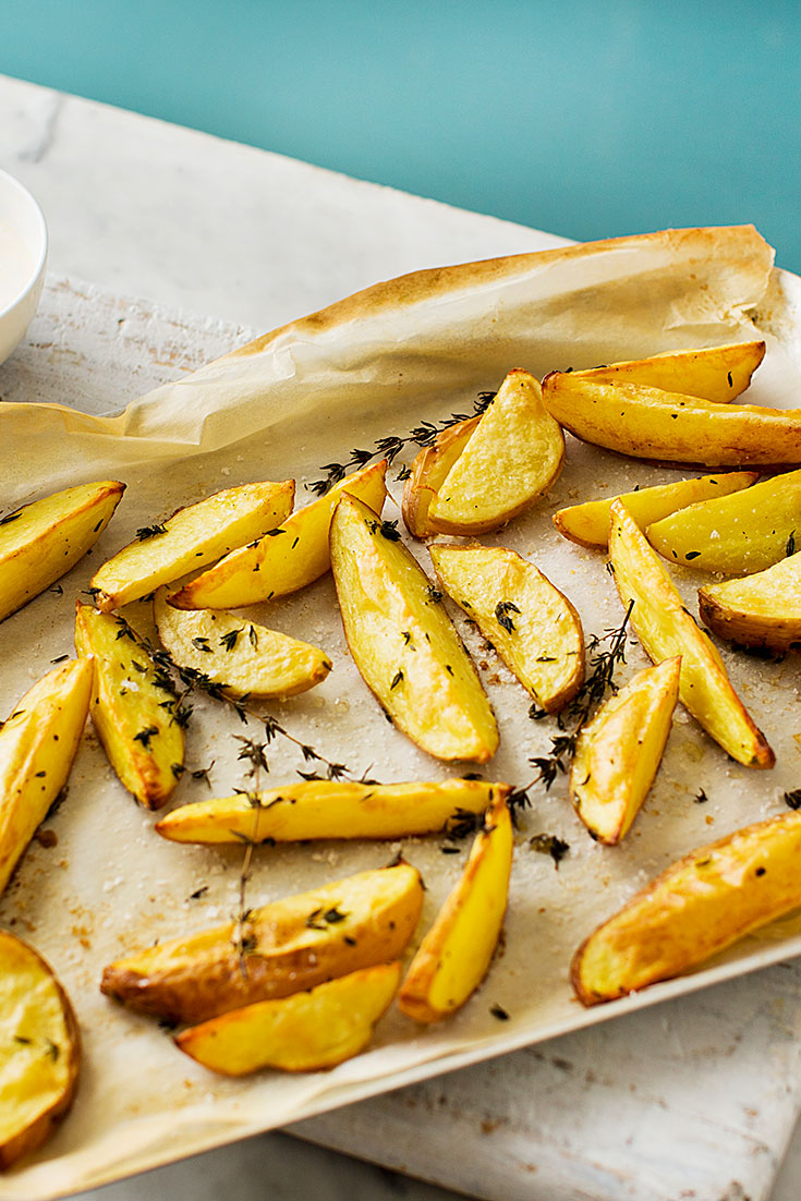 These easy potato wedges are the ideal party snack.