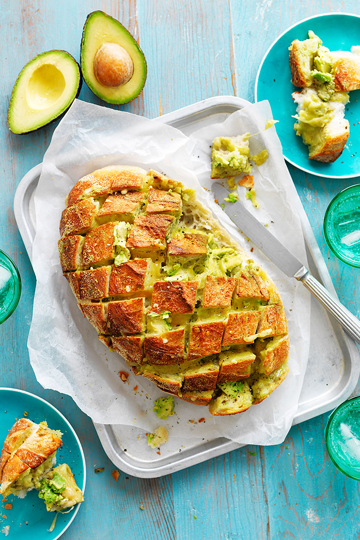 This easy avocado, garlic and cheese pull-apart recipe is perfect to keep guests satisfied until the main course.