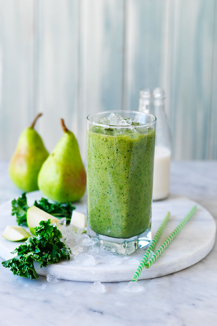 This quick green pear smoothie is a delicious breakfast or snack idea.