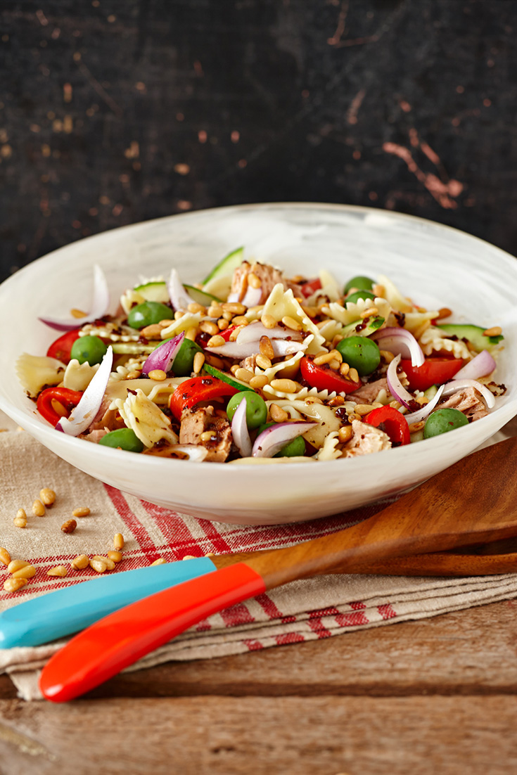 This delicious mediterranean tuna pasta salad recipe is perfect to serve to guests at a barbecue, picnic or casual dinner party.