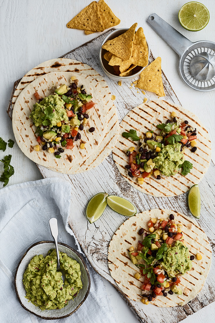 This easy avocado tortilla recipe is a delicious vegetarian dinner idea, ideal for weeknights.