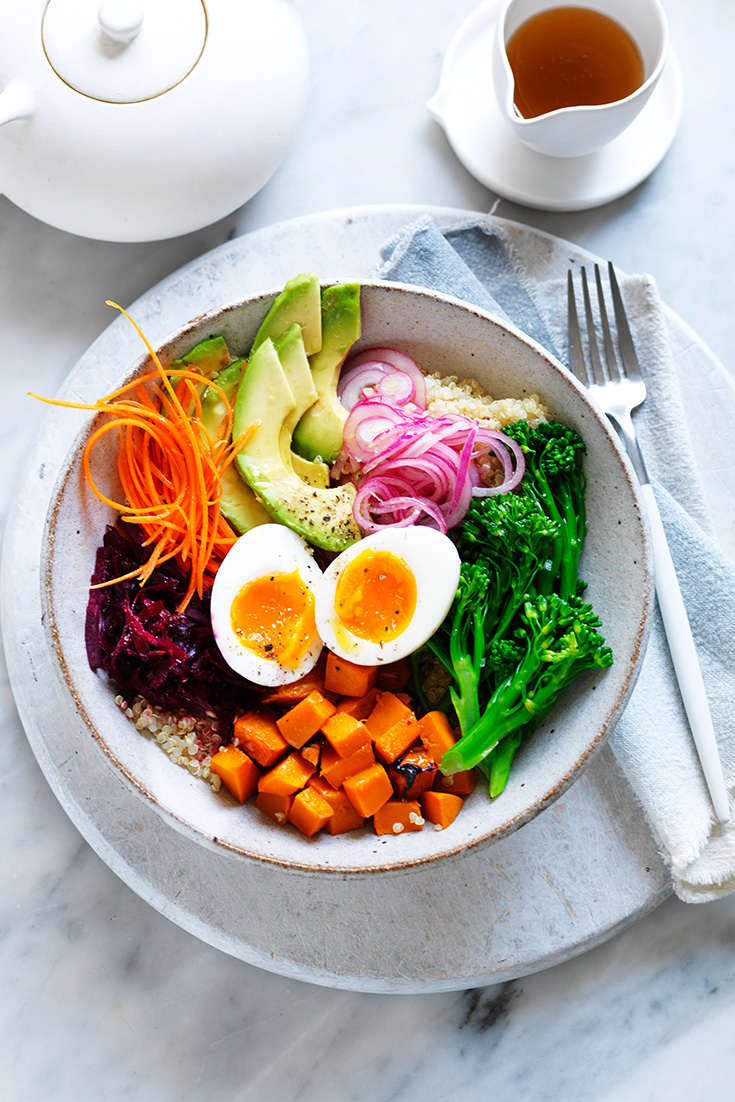 This easy egg buddha bowl recipe has quinoa and sweet potato