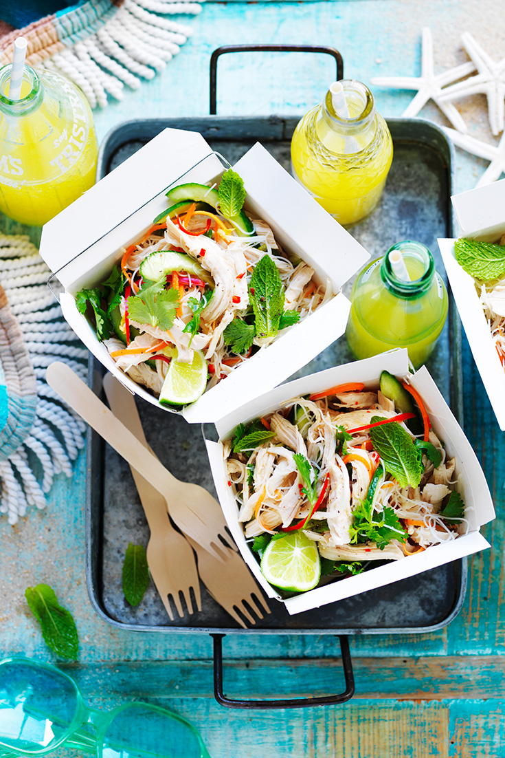 This quick and easy Vietnamese chicken salad recipe is perfect as a portable lunch.