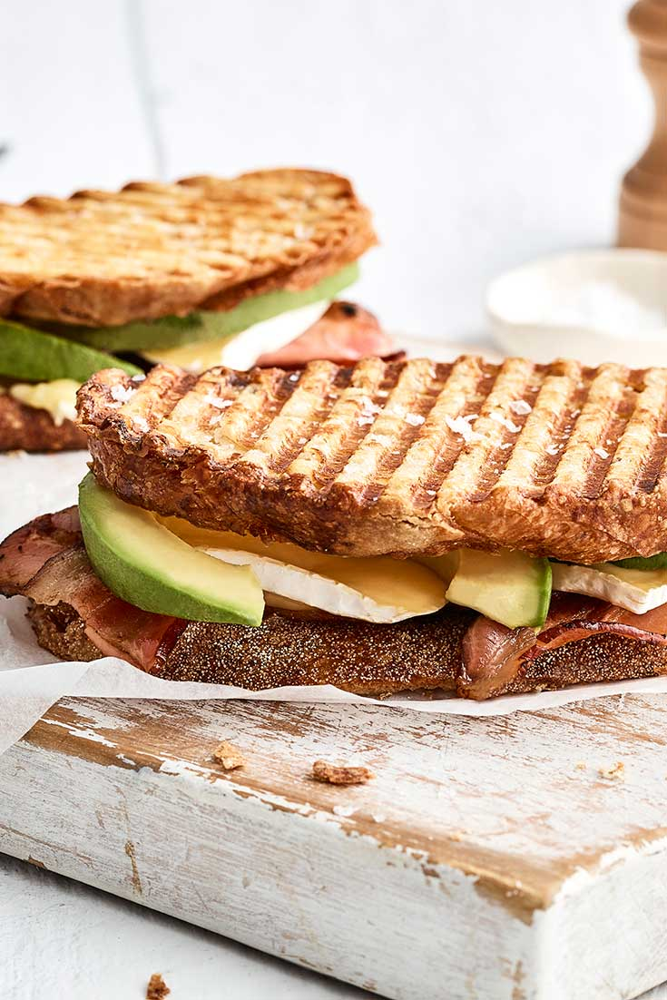 This irresistible avocado toasted sandwich recipe is perfect to be enjoyed on the weekend.